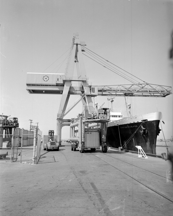A very early container crane